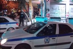 """500 policemen employed in the """"broom operations"""" - an army of occupation in the center of Athens"""